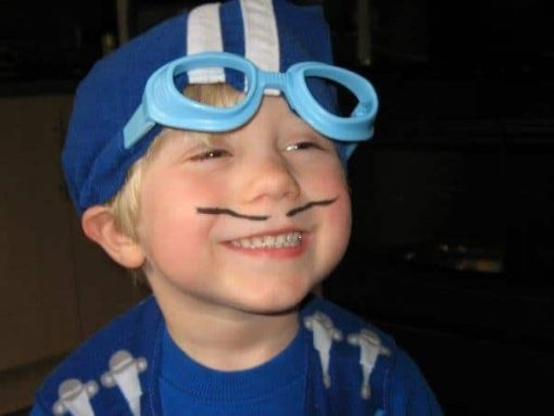 Oliver as Sportacus
